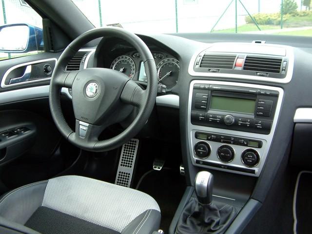 Interior Dashboard Decors - ABS Silver Matt Material - Skoda Octavia ...