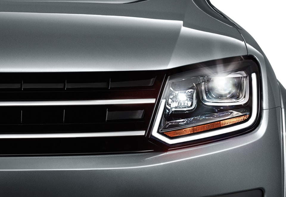 Oem Bi Xenon Drl Headlights For Vw Amarok Rhd For 950