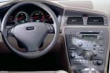 4204-b-Volvo_S60_2000