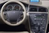 4206-b-Volvo_XC70_2004