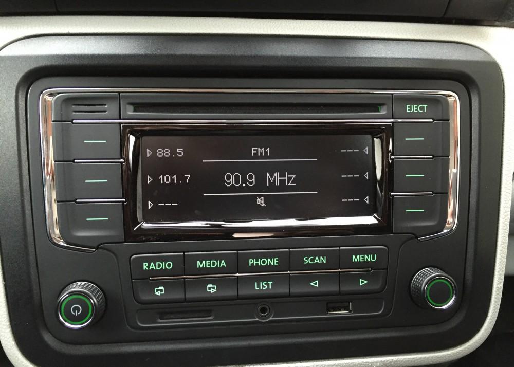 oem skoda rapid 5ja car rds radio rcn210 with integrated. Black Bedroom Furniture Sets. Home Design Ideas